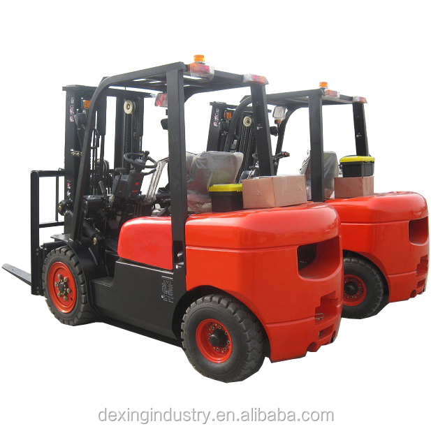 China Brand New Diesel Forklift 2500 kgs, 4.5 mts Container Spec Triple Mast and Shifter