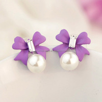 Wholesale Lady elegant butterfly clip south sea white pearl stud earrings EP006