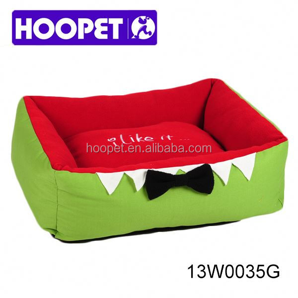 Shark mouse design cute pet bed cedar chip dog bed