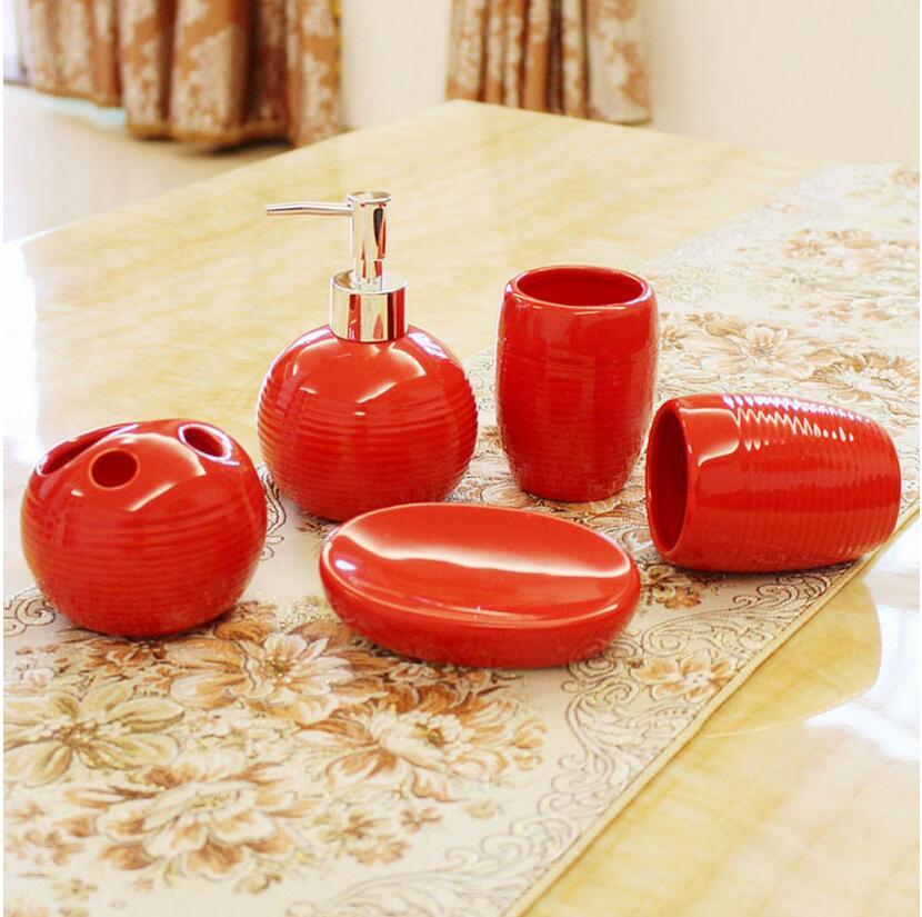online kaufen gro handel rot bad accessoires sets aus china rot bad accessoires sets gro h ndler. Black Bedroom Furniture Sets. Home Design Ideas