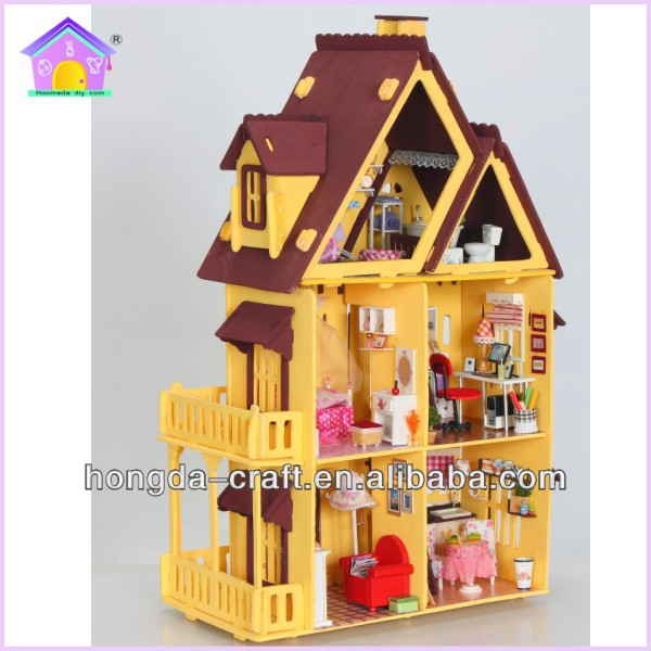 Hot sale diy wooden toys doll house miniature for holiday gift