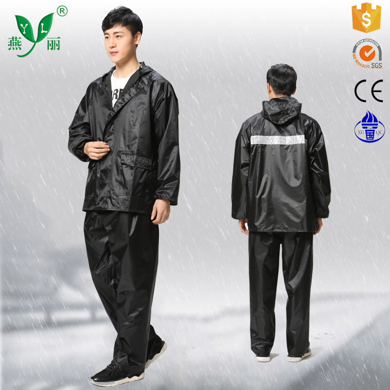 military Polyester pvc raincoat rain suit resuable foldable waterproof Polyester pvc raincoat rain suitsuit with logo