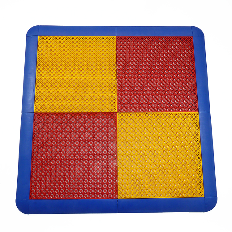 Excellent rebounding PP interlocking tile for basketball court, eco friendly square sports flooring with drain holes, 300x300mm