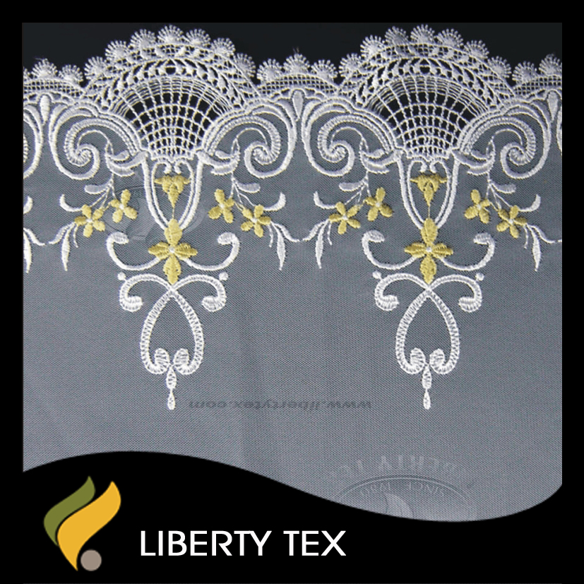 Graceful Victoria Style Chemical Edge Swiss Lace Embroidery Fabric