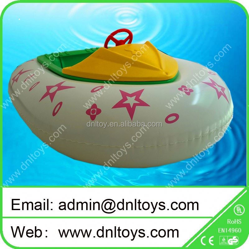 Attractive red swan inflatable bumper boat for water parks
