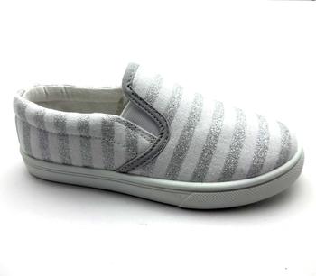 de43b9b9678e 2019 Wholesale Children Canvas Shoes