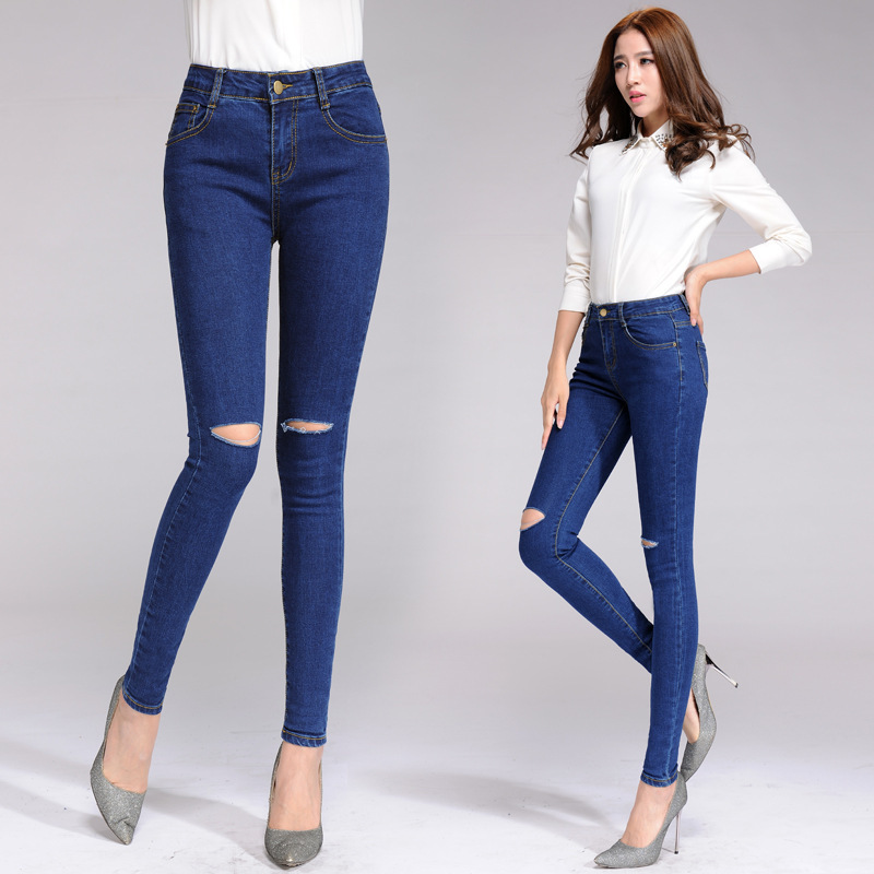 Women's jeans come in many styles, but none are quite as sleek and stylish as skinny jeans. Shop JCPenney's skinny jeans for women that come in a variety of washes, styles, and rises to make your fall wardrobe pop while saving your hard-earned cash. Leg Style: skinny leg.