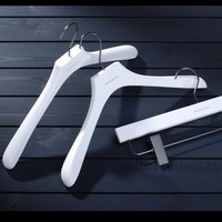 DL309 Deluxe customized branded white wooden garment clothes hanger