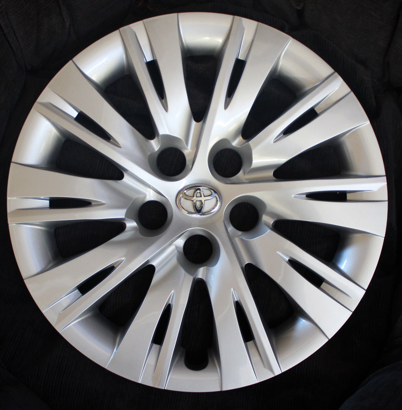 """SET OF 4 REPLACEMENT 16"""" Toyota Camry 2012 2013 2014 Hubcap Wheel Cover 46616S"""