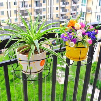 Xy1101 Home Decor Wrought Iron Wall Hanging Flower Plant Pot Metal