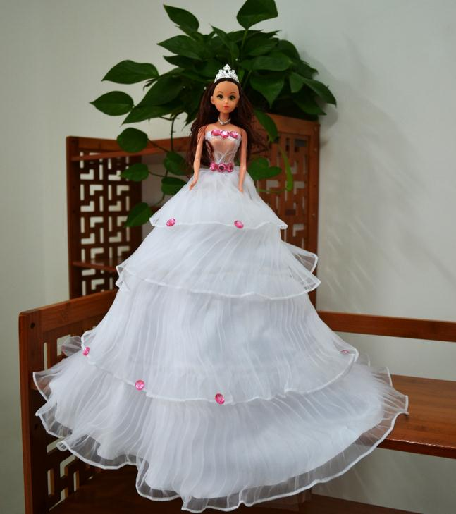 The best popular high quality love wedding car decoration maker toy dolls