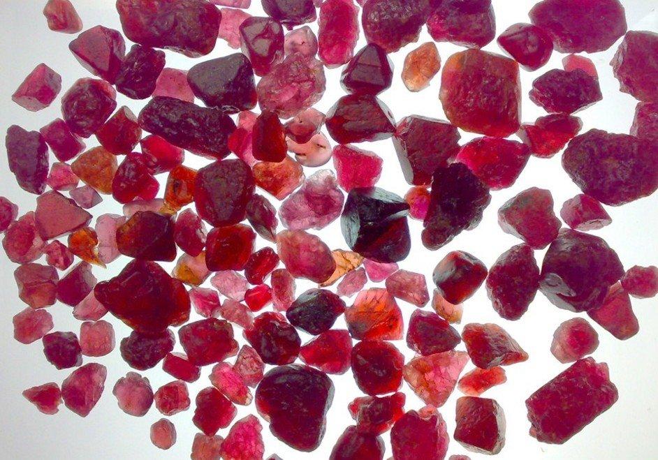 Resultado de imagen para gemas rubi