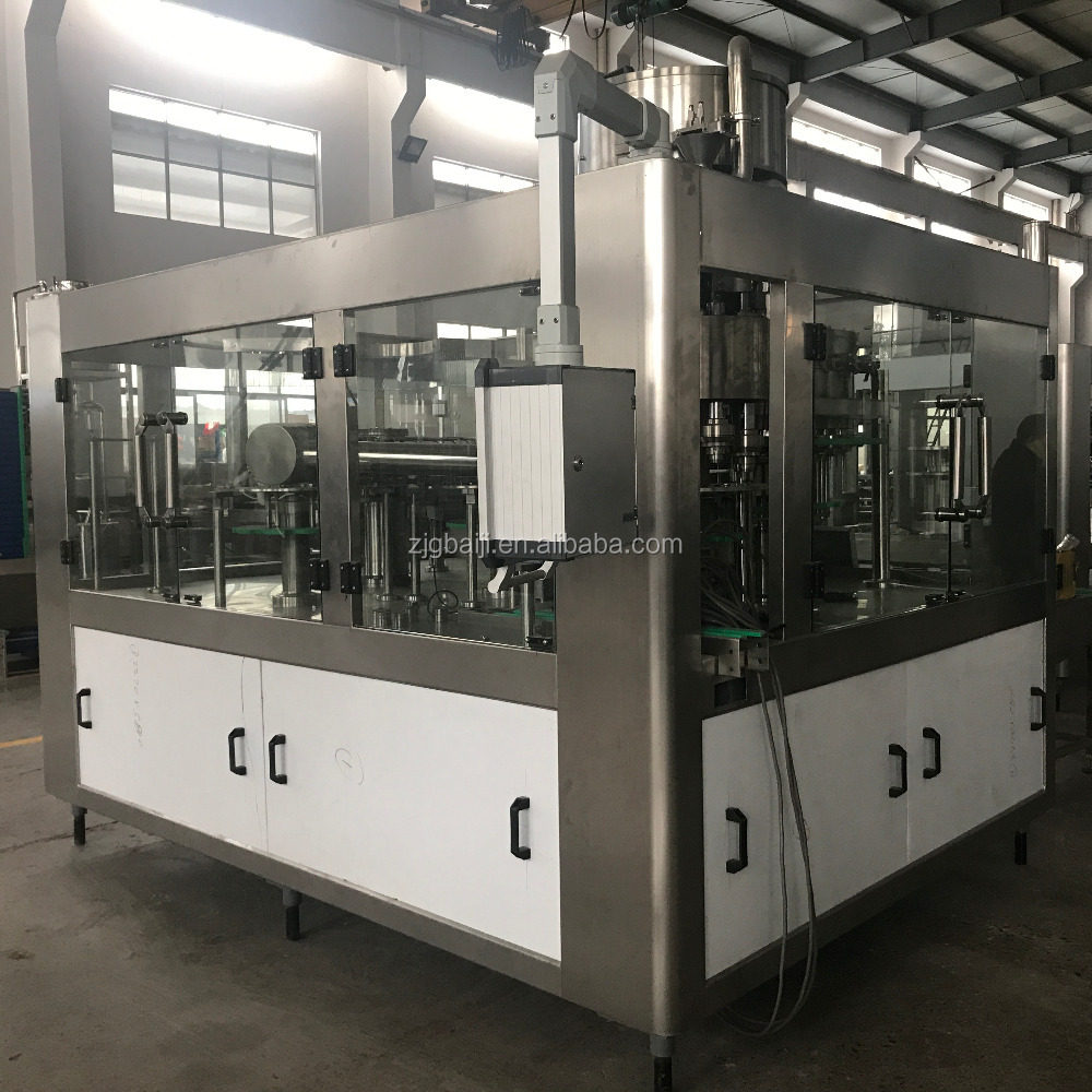 Monoblock carbonated soft drink making packaging machine / beverage manufacturing equipment