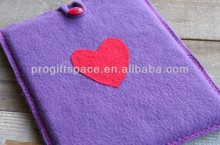 2017 hot test bulk sale needle felted heart decorative pad cover felt 9 inch tablet case made in China