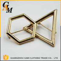 Morden gold brooch plated at stock Different style women's brooches