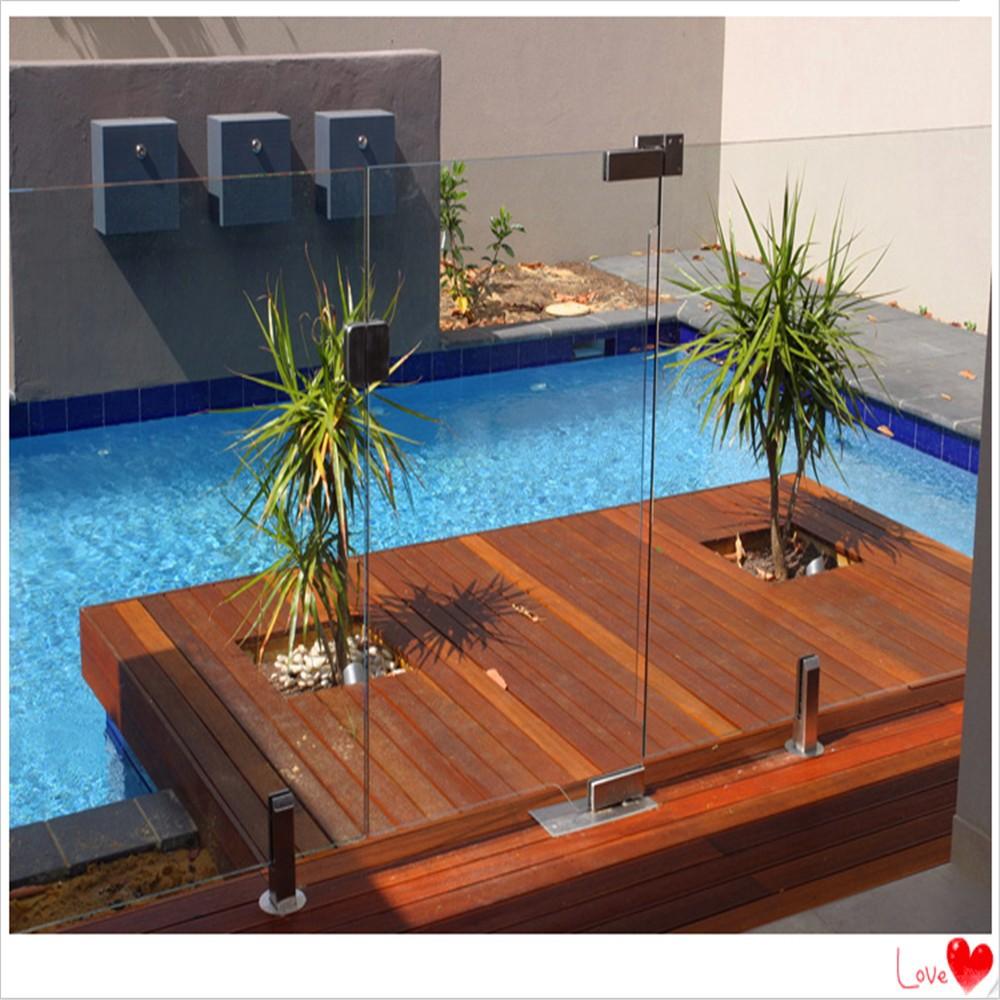 Piscina de cristal barandilla barandilla cercas for Barandilla piscina