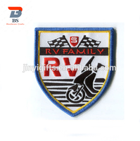 2019 New design low price custom embroidery badge