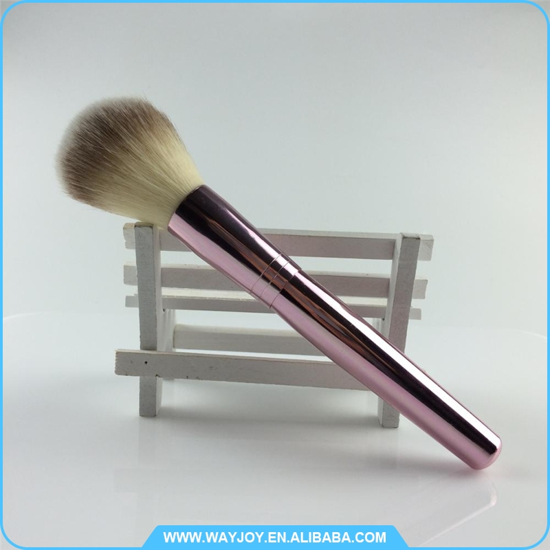 Un euro boutique rose or brosse à dents fondation maquillage