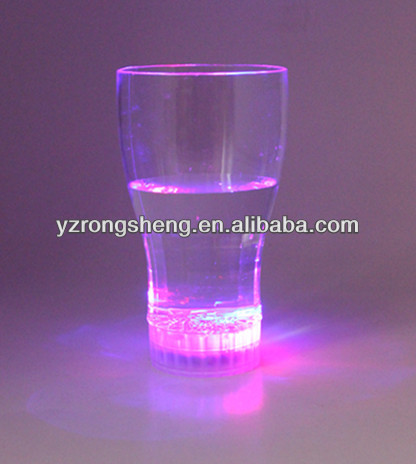 New design customized plastic flashing led cup for wedding party