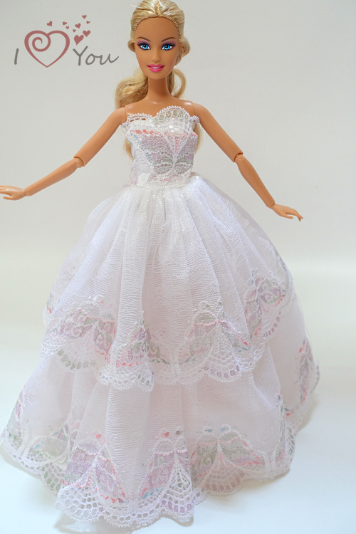 Free shipping 1 PCS Handmade Fashion Lace Princess Party Gown Dresses Wedding clothes Doll Accessories For