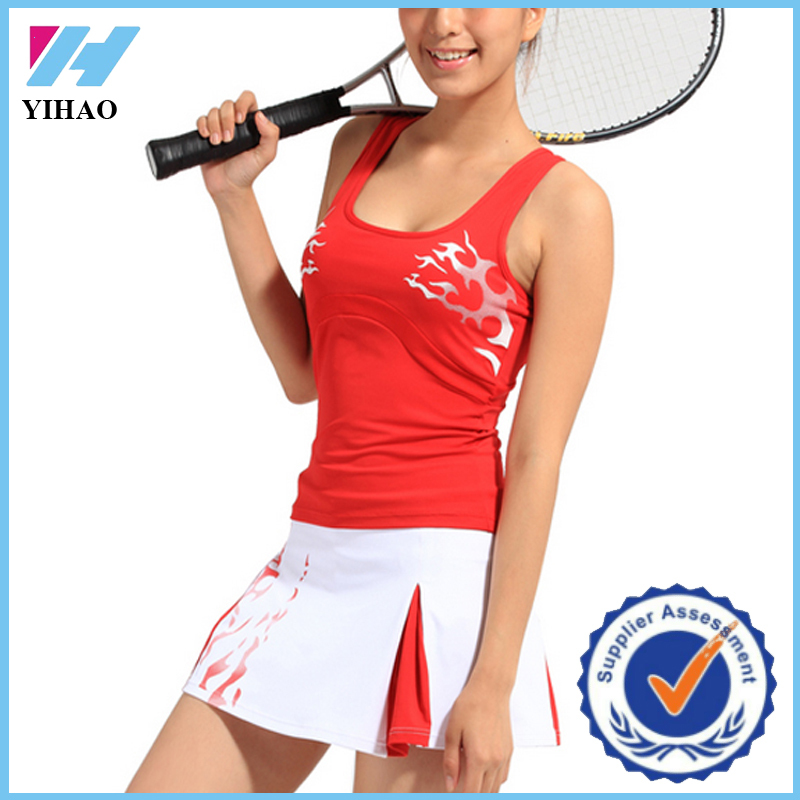 Yihao Custom Tennis Set Vest and Dress Design Quick Dry Sports Printed Gym Tennis Wear Wholesale
