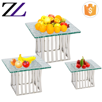 Cafeteria equipment modern and professional decorative 3 size buffet risers glass cake/dessert display pop stand