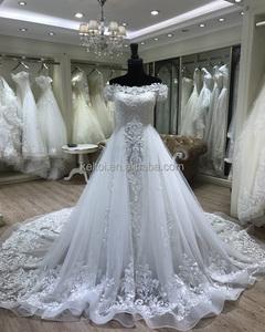1f5abd61c7 Removable Train Wedding Dress