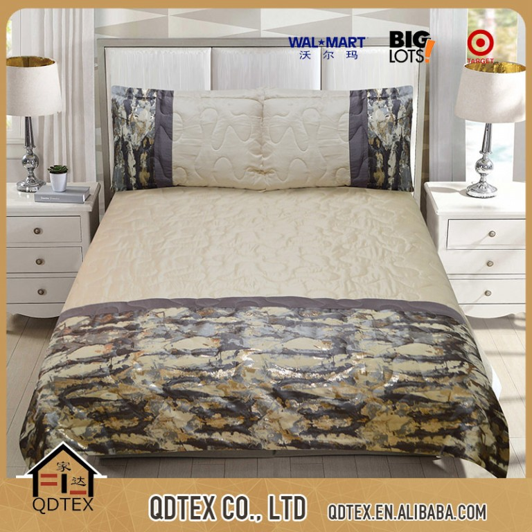 alibaba china supplier polyester satin and jacquard comforter bedding sets with quilt