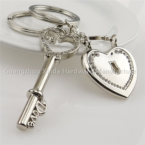 Heart lock key chain Paris lover lock keychain Valentine's day promotion gifts