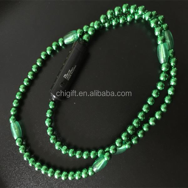 Collier de perles mardi gras