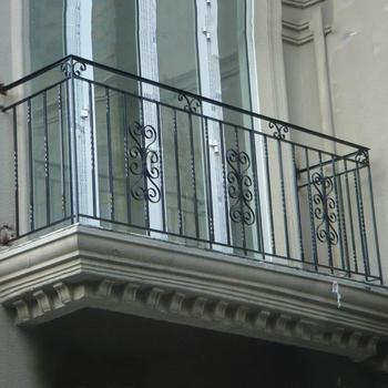 China Manufacture Cheap Used Modern Customized Wrought Iron Balcony Balustrades Railing Design