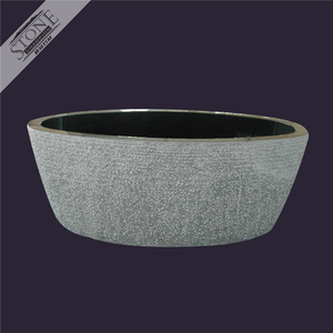 Luxurious high end China black granite bathtub with rock pit finish