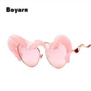 Boyarn 2018 Vintage Women Stylish Fashion Female Sun Glasses Cat Eye Sunglasses Female Shades UV400 Butterfly Cat Eye Sunglasses