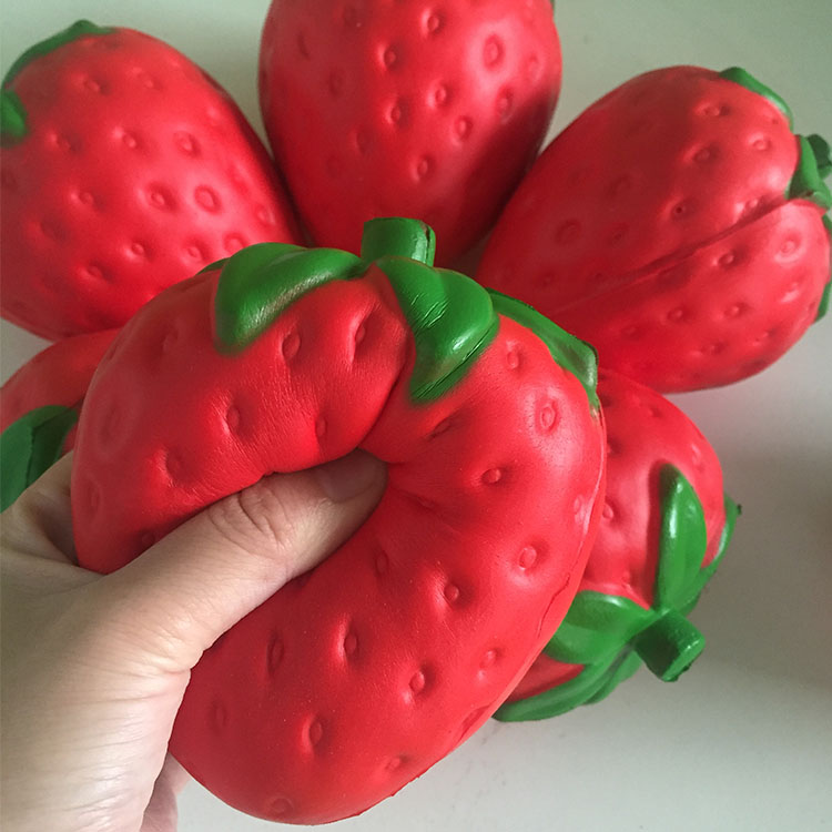Promotional 11.5CM PU foam big jumbo strawberry kawaii soft type creamy slow rising squishy