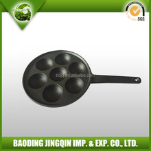 very popular egg cast iron pan with a handle