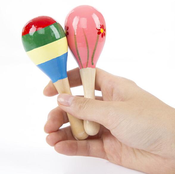 Bambino in legno di massa mini giocattolo