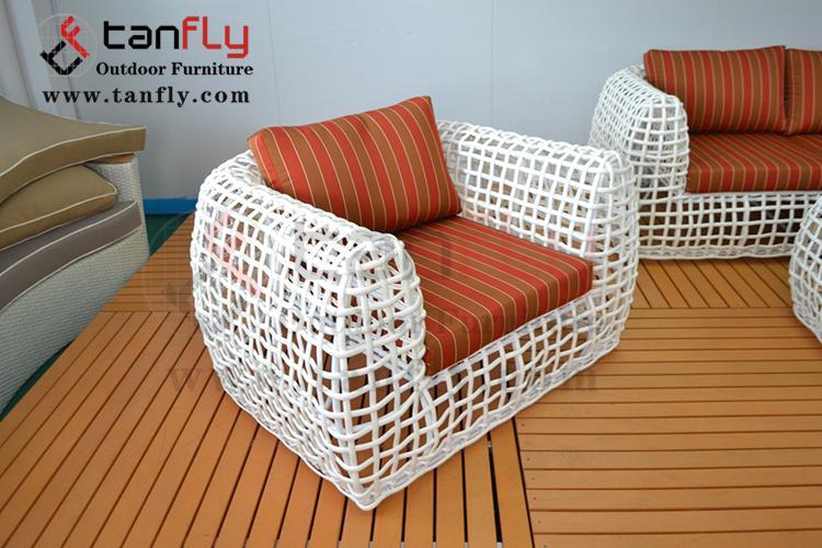4pc Outdoor Patio Garden Furniture Wicker Rattan Sofa Set white