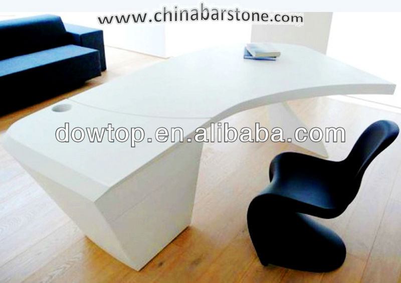 Incroyable Simple Office Desk/curved Office Furniture/ Modern White Office Table   Buy  Simple Office Desk,Curved Office Furniture,Modern White Office Table  Product On ...