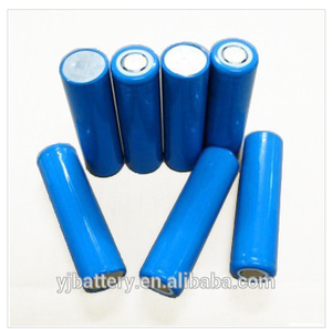 Smart Mobile Phone/iPhone/iPad/Tablet PC small rechargeable battery 18650 3.7v2600mah 2200mah li ion battery with battery