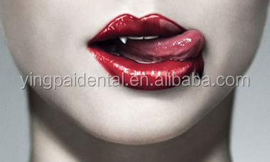 Искусственные вампирские зубы для секса