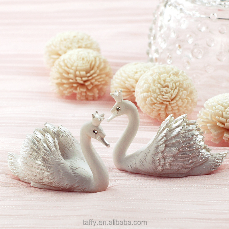 2017 new bridal shower wedding party table decorations supplies centerpiece swan place card holders table number name holder