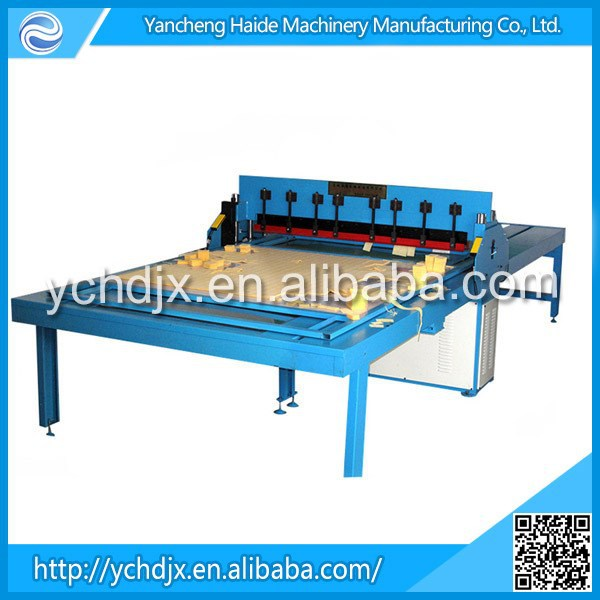 Leather lace cutting machine for making woven products