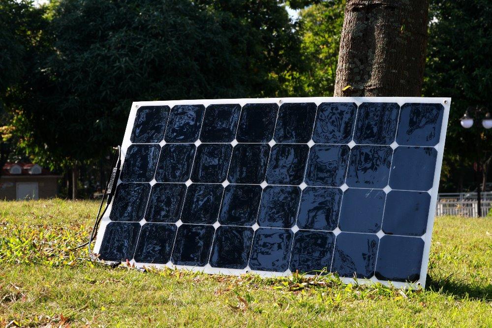 acheter 100 w panneau solaire pour yacht toit production d 39 lectricit camping. Black Bedroom Furniture Sets. Home Design Ideas