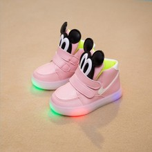Children Shoes 2016 Fashion LED Light Emitting Mickey Children Shoes Boys Girls Sports Shoes Breathable Light