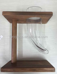 18 oz horn shaped glass drinking horn for beer with wooden stand