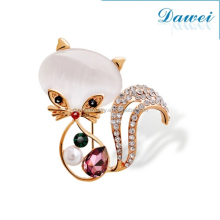 Charm fox animal gold brooch women wedding pearl brooch