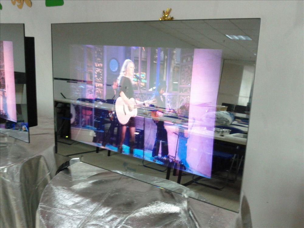Miroir tanche sauna tv en verre tremp led miroir tv prix for Televiseur miroir