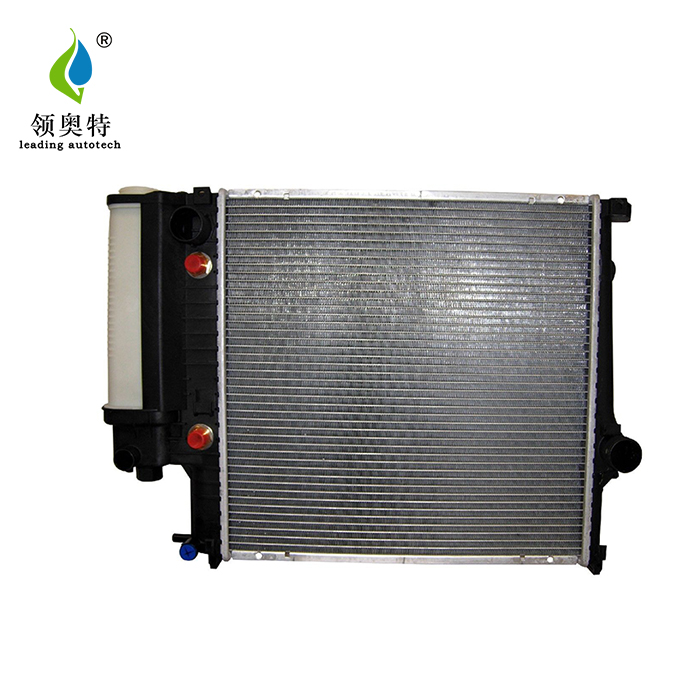 auto parts radiator for BMW 3 Saloon (E30) 82-92 17111719264 17111723528