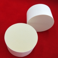Round cordierite honeycomb ceramic for controlling mechanical ventilation system