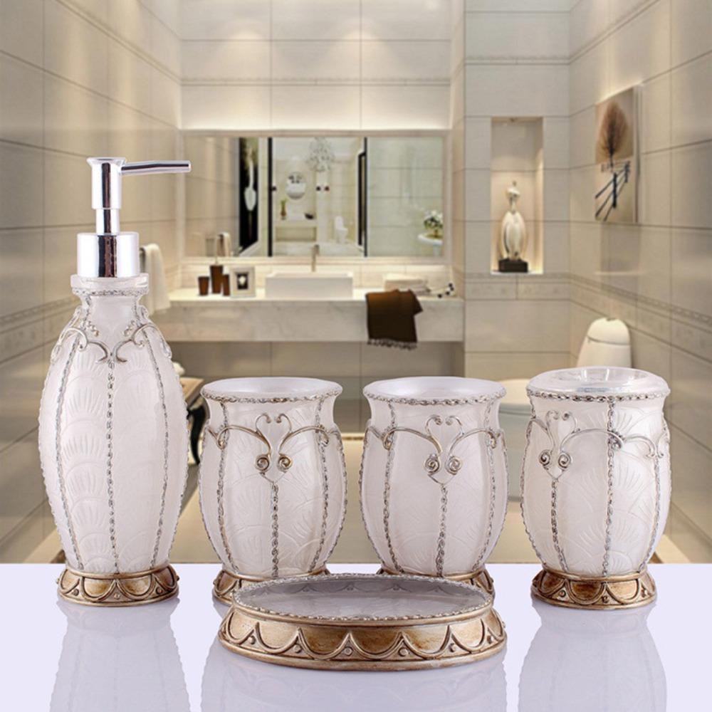 accessoire salle de bain rose design 20170526072252. Black Bedroom Furniture Sets. Home Design Ideas